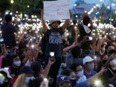 Активисты сообщили, что на акцию против военного правления в Таиланде вышли более 20 тысяч человек