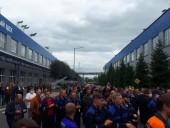 Протесты в Беларуси: к забастовке присоединились работники завода
