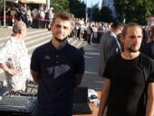 Хулиганство и неповиновение полиции: в Минске арестовали диджеев, включивших песню Цоя