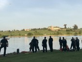 В США вертолет с пассажирами упал в реку