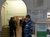 Отравление Навального: в больницу в Омске с требованием выпустить политики из страны - звонили напрямую из Кремля