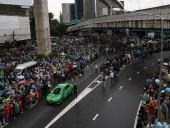 Протесты в Таиланде: тысячи людей вышли на улицы, несмотря на запрет собраний