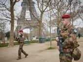 Во Франции мобилизуют дополнительное количество военных после серии атак