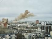 В Челябинске возле поликлиники произошел взрыв: более 150 человек эвакуированы