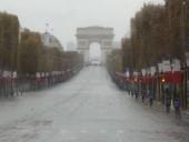 Центр Парижа эвакуировали из-за угрозы взрыва