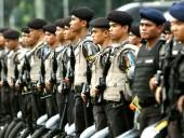 В Индонезии тысячи полицейских тестируют на антиген к COVID-19