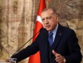 Скандал между Парижем и Анкарой: Эрдоган призвал турок не покупать французские товары