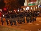 Протесты в Минске: силовики готовятся к столкновениям, стягивают военную технику и водометы