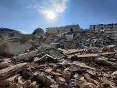 От землетрясения в Турции погибли 73 человека