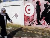 В Тунисе протестующие пытались перекрыть газопровод из Алжира - армия открыла огонь