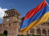 В Армении оппозиция выдвинула на пост главы временного правительства первого премьер-министра