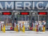 США продлили ограничения на пересечение границ с Канадой и Мексикой