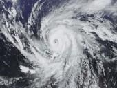 Мощный ураган разрушил остров на Фиджи, есть погибшие