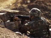 Ситуация в Карабахе: Баку заявил о гибели бойца во время нападения