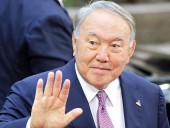 Назарбаев просит больше ничего не переименовывать в его честь