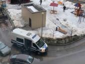 В Навального дома полиция устроила обыски