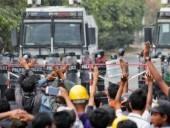 В Мьянме объявили всеобщую забастовку несмотря на угрозы властей