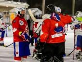 Абсолютный рекорд: в Канаде сыграли самый длинный хоккейный матч