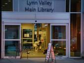 В Канаде мужчина с ножом напал на людей в библиотеке: один человек погиб, шестеро ранены