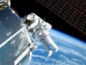 Астронавты NASA вышли в открытый космос для монтажных работ