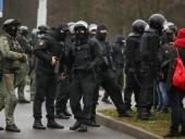 В Минске сегодня запланированы масштабные протесты оппозиции. Силовики стягивают спецтехнику