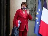 Скандал во Франции: глава Минкульта республики посетила оперу за день до положительного теста на COVID-19
