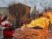 Масленица на российский лад: в Санкт-Петербурге чучело сожгли выстрелом из танка