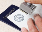 Страны ЕС официально договорились ввести Covid-паспорта до лета