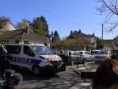 Под Парижем напали на участок и зарезали полицейскую: возбуждено дело о терроризме