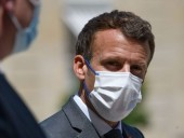 Француза, что дал пощечину Макрону, приговорили к четырем месяцам тюрьмы