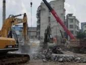 При обрушении дома в Китае погибли пять человек, еще 7 человек ранены