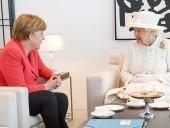 Меркель во время визита в Великобританию встретится с королевой Елизаветой в Виндзорском замке