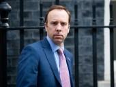 Британское правительство будет расследовать, как скандальные фото министра Хэнкока попали в СМИ