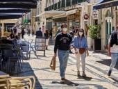 Португалия опасается четвертой волны коронавируса из-за