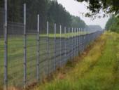 Литва начала строительство забора на границе с Беларусью из-за потока нелегальных мигрантов