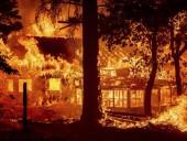 Лесные пожары в Калифорнии коснулись жилых местностей: людей эвакуируют из собственных домов