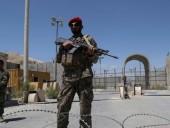 Сотни афганских военных бежали в Таджикистан из-за наступления талибов