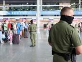 Эстонский посол устроил конфликт в аэропорту Варшавы: его не пустили в самолет без маски