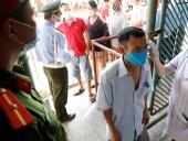 Вьетнам вводит войска для изоляции крупнейшего города страны