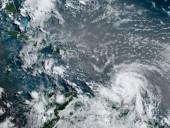 После землетрясения Гаити может накрыть тропический шторм