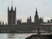 Британия предъявила обвинения третьему подозреваемому в деле об отравлении Скрипалей
