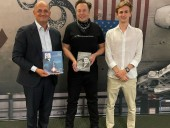 Илон Маск встретился с внуком и правнуком Сергея Королева