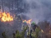 Пожар на юге Испании: огонь приблизился к заповеднику