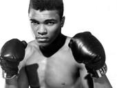 Рисунки боксера Мухаммеда Али продали на аукционе почти за 1 млн долларов