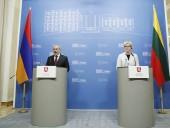 Премьер Армении назвал условия для встречи с президентом Азербайджана