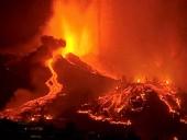Извержение вулкана на острове Ла-Пальма: ухудшилось качество воздуха, жители изолируются