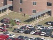 В Техасе устроили стрельбу в школе: есть информация о многих раненых и убитого учителя