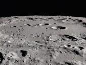 На Луне нашли сравнительно