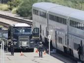 В США мужчина устроил стрельбу в поезде, есть погибший